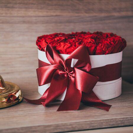 礼物——一束红玫瑰