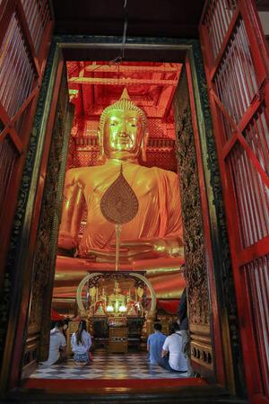 ayuthaya: Buddha  Ayuthaya