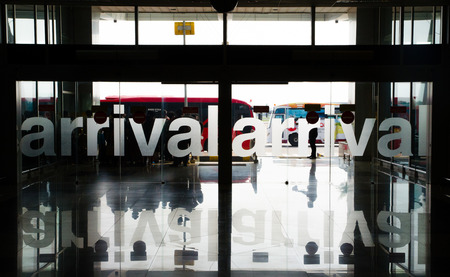 arrivals: Airport arrivals sign Stock Photo