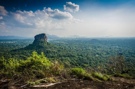 Sigiriya is een oud paleis gelegen in het centrale Matale District nabij de stad Dambulla in de centrale provincie, Sri Lanka. Stockfoto