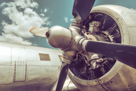 Oude vliegtuigen motor en propeller close up Stockfoto