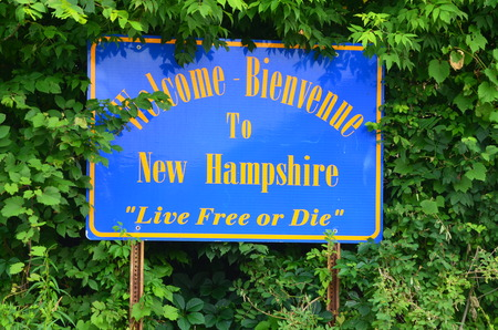 hampshire: New Hampshire welcome sign Stock Photo