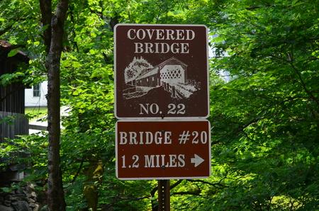 locating: Sign locating covered bridges