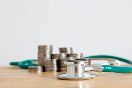 medical debt, healthcare cost , saving money for health 免版税图像