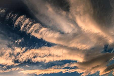 コロラド州の壮大な雲の形成
