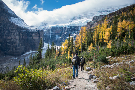 Hiking at Plain of Six Glaciers from Lake Louise, Banff National Park, Canada Reklamní fotografie