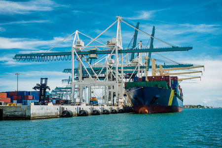 tonnage: Large container vessel unloaded in Port of Miami Stock Photo