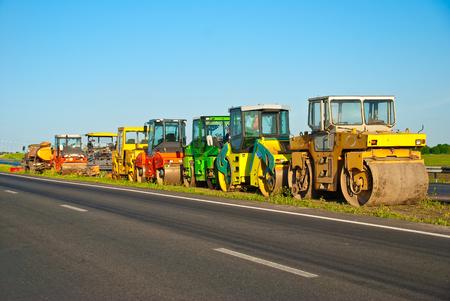 machinery: machinery for asphalt work