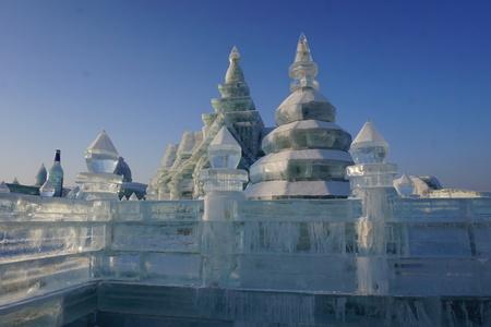 중국 하얼빈에서 얼음 및 눈 축제 얼음 건물