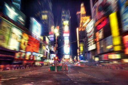 new york times square: Times Square, Nueva York por la noche. Desenfoque radial Foto de archivo