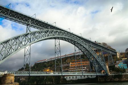 dom: Pont Dom Lu�s I, Porto, Portugal.