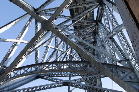 dom: Fragment de pont Dom Luis à Porto, au Portugal. Banque d'images