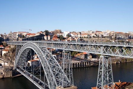 dom: Dom Luis bridge in Porto, Portugal.
