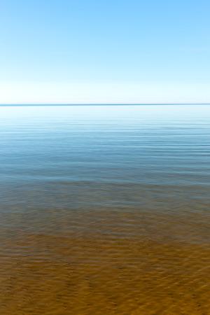 Blue Baltic sea. Foto de archivo - 93929151