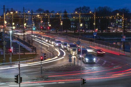 Kreuzung am Abend, Liepaja, Lettland.