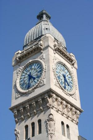 clocktower: Paris: Gare de Lyon clocktower