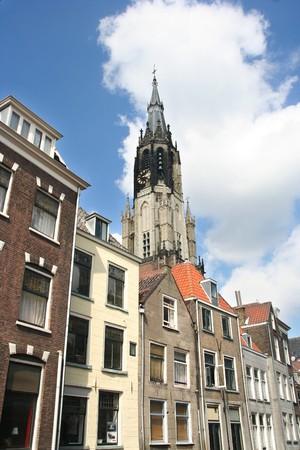 house gables: Torre de la gran iglesia en Delft, Holanda