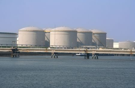 Industrial oil storage tanks in Rotterdam Europort Stock Photo - 6111183