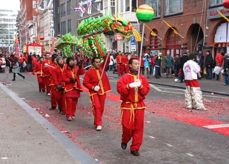 Den Haag, HOLLAND - 13 februari 2010: Chinees Nieuwjaar viering in Den Haag, Holland op februari 13, 2010
