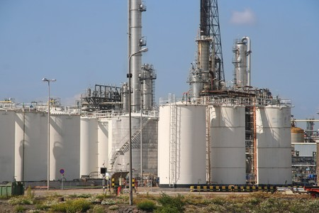 Oil refinery and depots in Rotterdam industrial area Stock Photo - 7746734