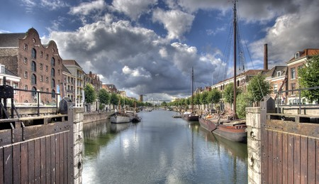Canal in Delfs haven in oude gedeelte van Rotterdam  Stockfoto
