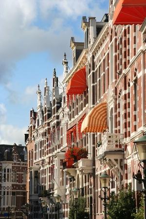 house gables: Barrio Posh Statenkwartier en La Haya, Holanda Editorial