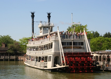 disneyland: Thunder Mesa Riverboat in Disneyland Park in Paris, France Editorial