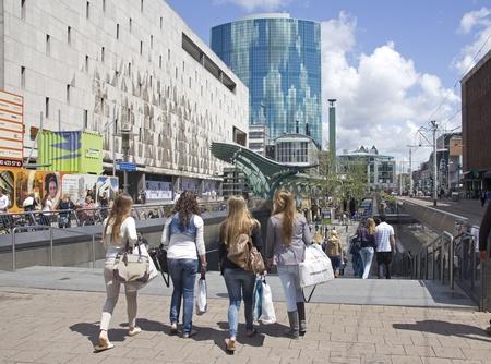 rotterdam: Shopping girlfriends in Rotterdam