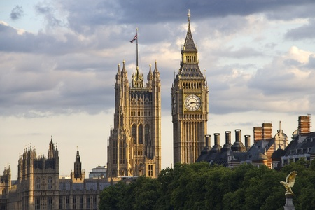Big Ben and Westminster parliament in the evening sun Stock Photo - 12769080