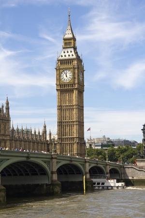 Big Ben, Westminster parlement en boten op de Thames Stockfoto