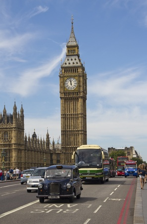 London, UK - July 24, 2011: Big Ben and traffic on Westminster Bridge on July 25, 2011 in London, UK Stock Photo - 12469294