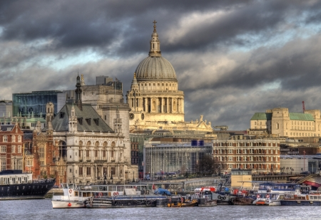 Saint Pauls Cathedral and other buildings of the City of London, seen from across the Thames  Stock Photo - 19340508