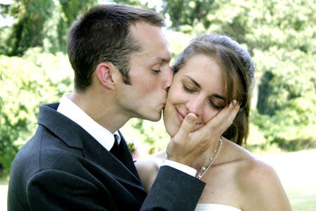 tenderly: bacia teneramente