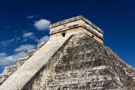 Famous landmark Mayan Pyramid to Kukulkan, the feathered serpent god, at Chichen Itza, Yucatan, Mexico.