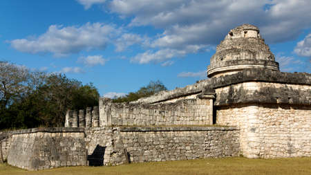 Mayan complex El Caracol (the snail), thought to be a cultic observatory, at Chichen Itza, Yuatan, Mexico. Stock Photo