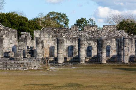 Ruined colonnades in the Mayan city of Chichen Itza, Yucatan, Mexico Stock Photo - 14399279