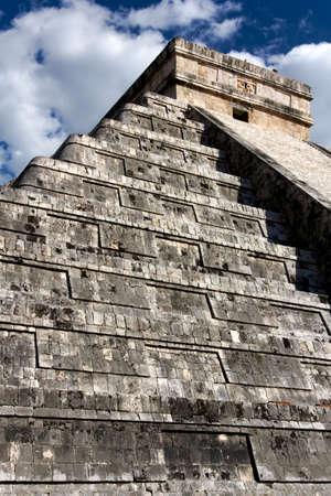 kukulkan: El Castillo, la pir�mide del templo de dios maya de la serpiente Kukulkan, en Chich�n Itz�, Yucat�n, M�xico