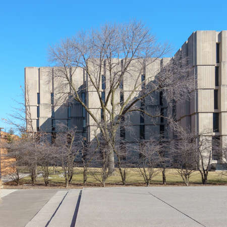 il: CHICAGO, IL, USA - MARCH 12, 2015: The Joseph Regenstein Library at the University of Chicago in Chicago, IL, USA on March 12, 2015. Editorial