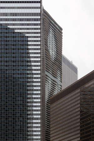 il: Skyscraper architecture in downtown Chicago, IL, USA.