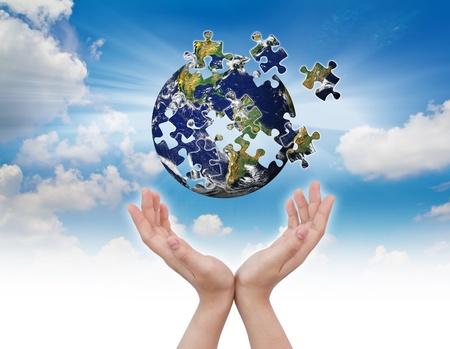 손 건물 퍼즐 글로브 비즈니스 개념 스톡 콘텐츠
