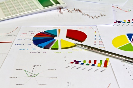 Pen and business graph Stock Photo - 10800081