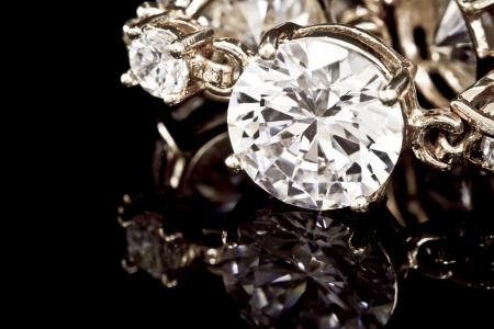 Bransoleta diamenty na czarnym