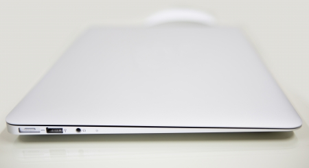 laptop and mouse Stock Photo - 14503576