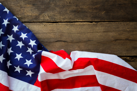 banderas america: Bandera americana en el fondo de madera