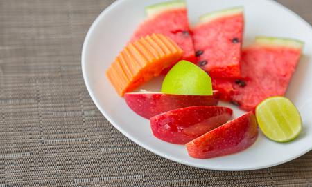 fruit plate: Fruit on plate