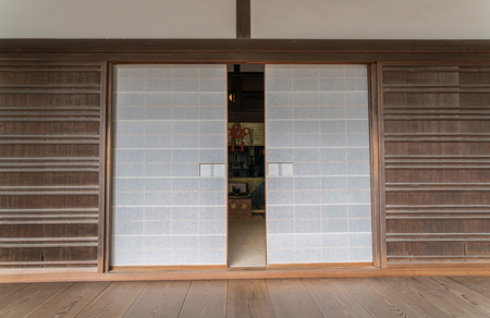 sliding: Japanese sliding paper door Stock Photo