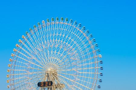 ferriswheel: Ferris Wheel with Blue Sky