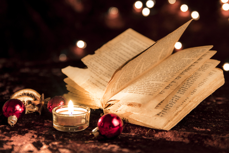 pitched: Opened book at Christmas Stock Photo
