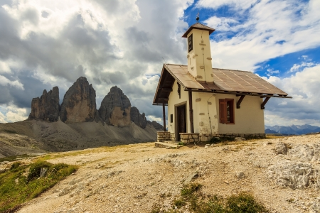 sudtirol: Chapel and mountains,Tre Cime Di Lavaredo in ,Dolomites,Sudtirol,Italy Stock Photo