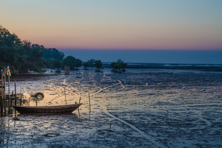 Traditional fisherman wooden house and sea view sunset Imagens